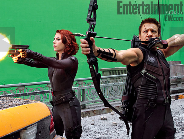 Scarlett Johansson and Jeremy Renner shootin' stuff